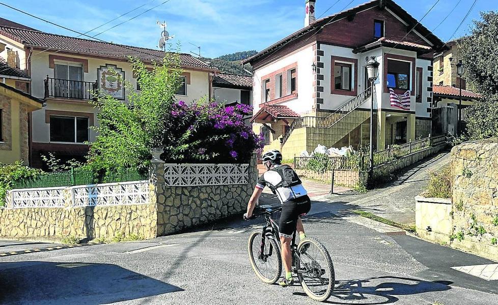 Descubren un túnel del siglo XVI durante las reformas en una vivienda de Muskiz
