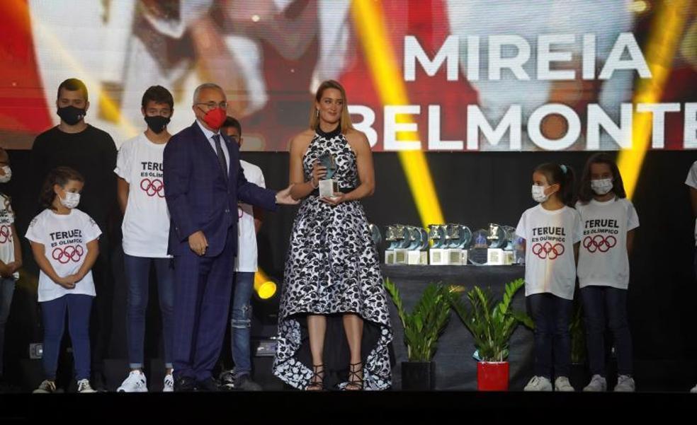 Mireia Belmonte y García Bragado, premiados en la Gala del Deporte por su trayectoria