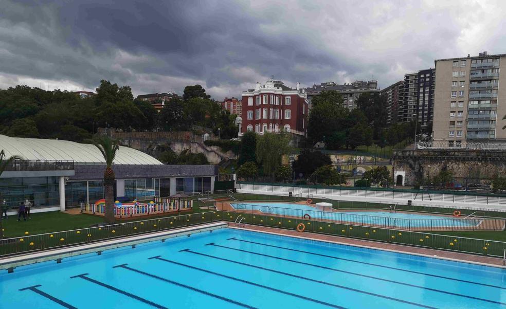 Portugalete suprime la cita previa para acceder a las piscinas