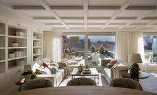 Un espectacular dúplex con vistas al Guggenheim y salón al aire libre: así transformaron dos pisos antiguos
