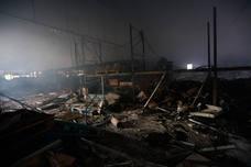 Incendio en un pabellón del polígono industrial de Subillabide