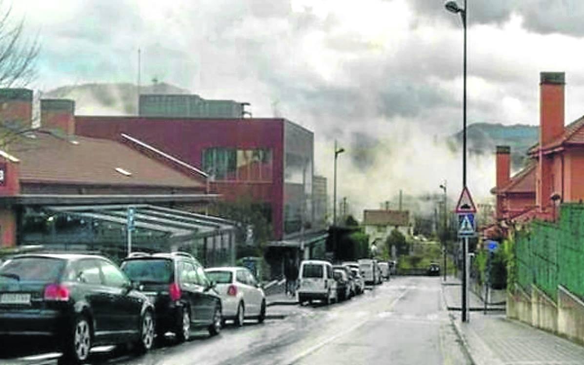Vecinos de Erandio reclaman medidores de contaminación por las fábricas