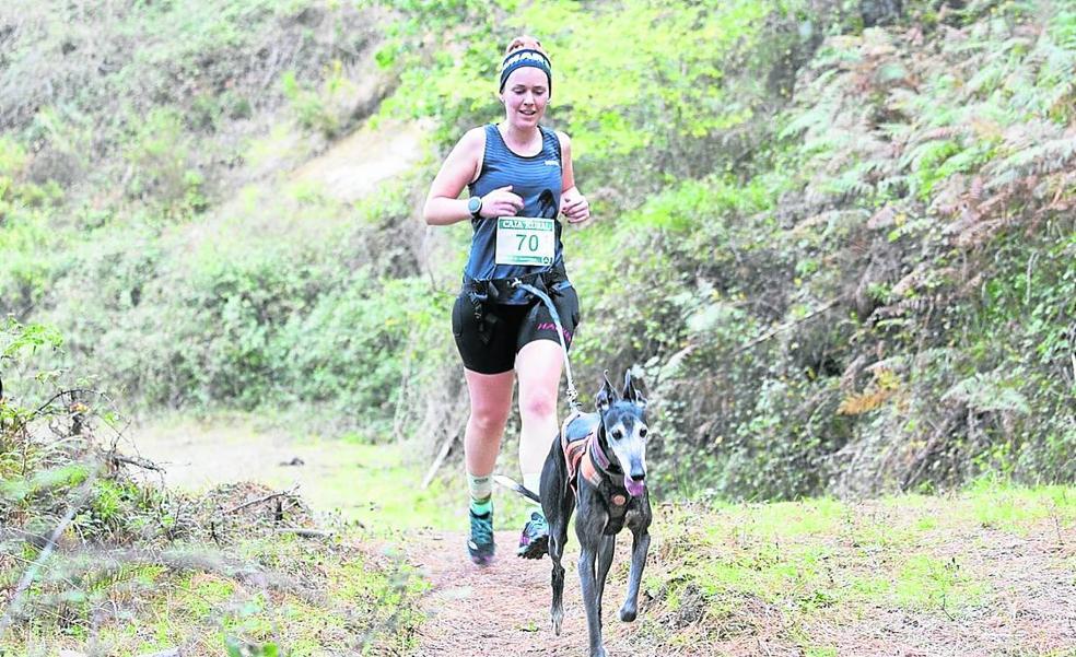 Arrigorriaga acoge tres carreras por el monte a favor de las enfermedades raras