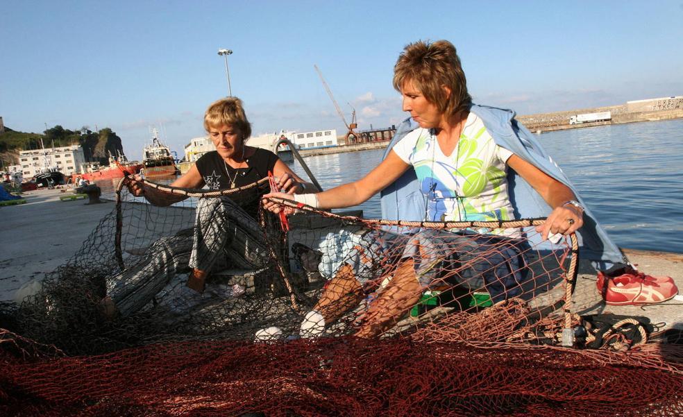 Las mujeres de la mar toman la palabra para visibilizar su trabajo