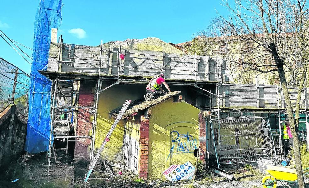 El edificio de la antigua estación de Neguri quedará rehabilitado en abril