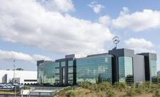 Mercedes podrá construir en sus terrenos y crear una pasarela sobre las vías del tren