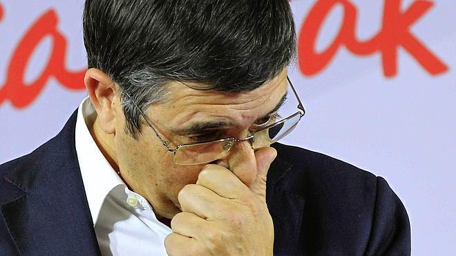 Patxi López abandona la secretaría general del PSE