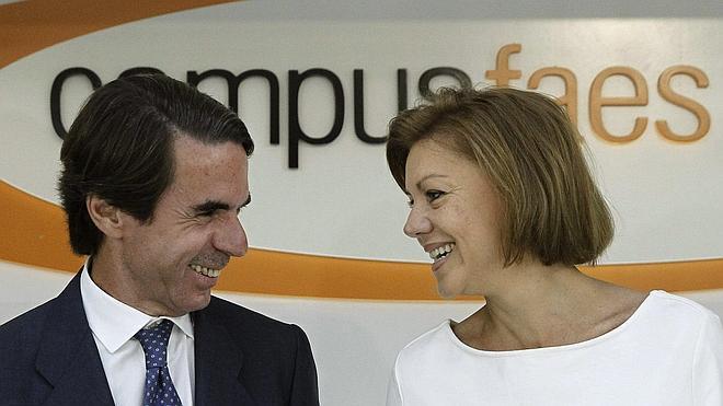 Cospedal alerta sobre los populismos que amenazan la concordia entre los españoles