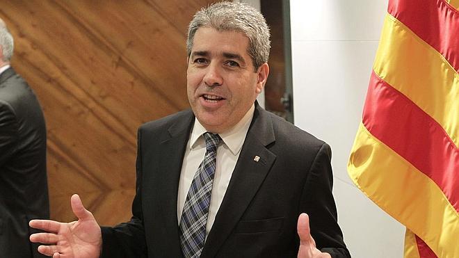 La Generalitat pide al Constitucional que levante la suspensión de la consulta