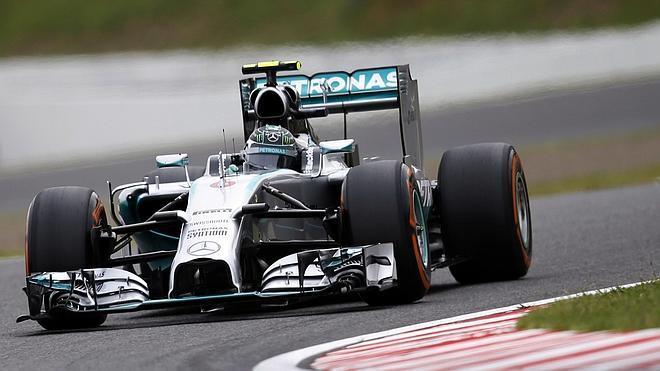 Rosberg logra la 'pole' en Suzuka y Alonso saldrá quinto