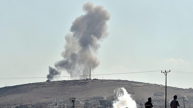 El Estado Islámico pierde terreno en Kobani