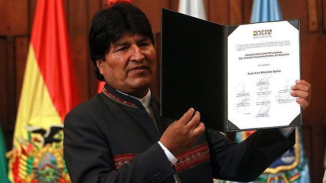 Evo Morales recibe la credencial para asumir el tercer mandato como presidente