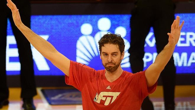 Marc celebra su cumpleaños con triunfo y Pau es homenajeado por Los Lakers