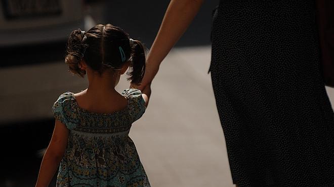 El Consejo Europeo pide a Francia que prohíba los azotes a los niños