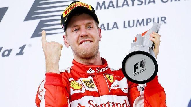 Vettel devuelve la ilusión a Ferrari