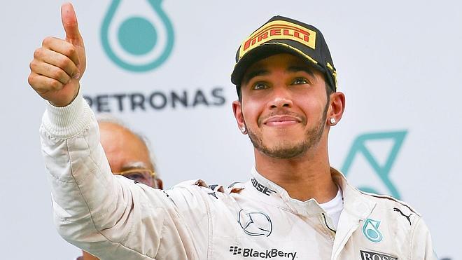 Hamilton, a un paso de renovar con Mercedes