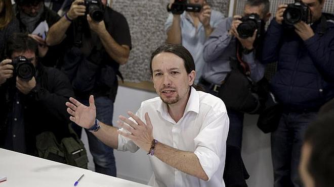 Iglesias: «González y Aznar se parecen más que nadie en este país»