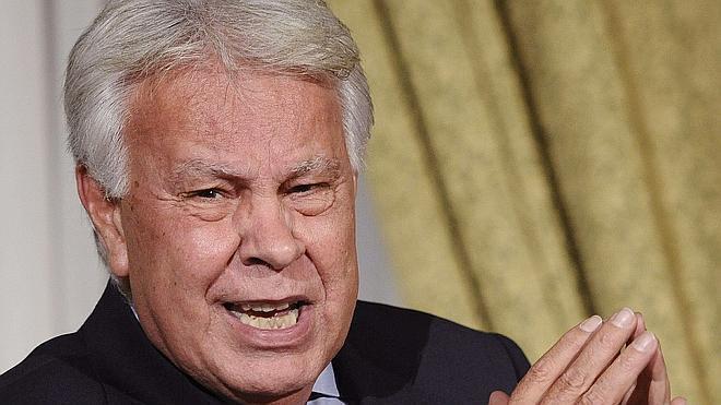 La Asamblea de Venezuela declara persona 'non grata' a Felipe González