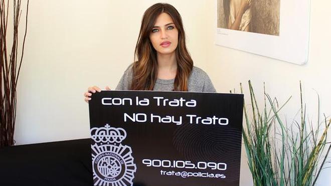 La vena más solidaria de Sara Carbonero