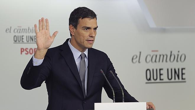 Sánchez tiende la mano a Junts pel Sí para un Gobierno «transversal» que renuncie a la independencia