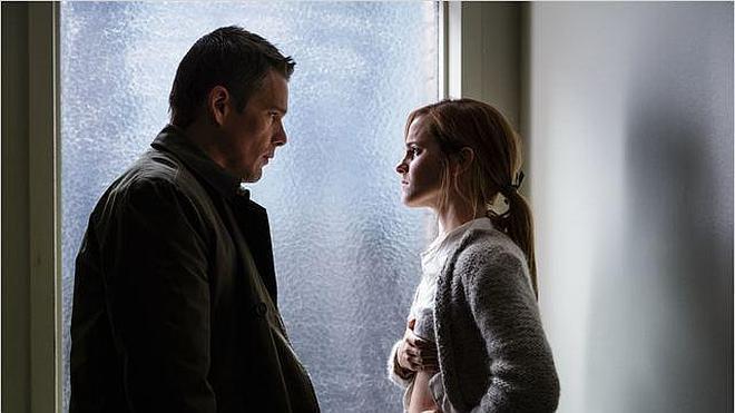 Llega a los cines 'Regresión', lo último de Amenábar con Ethan Hawke y Emma Watson