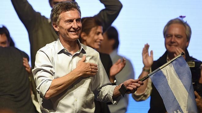 Argentina decidirá en segunda vuelta tras el histórico resultado de Macri