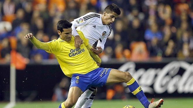La superioridad de Las Palmas no encuentra premio ante un mal Valencia