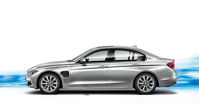 BMW 330e, desde 45.300 euros