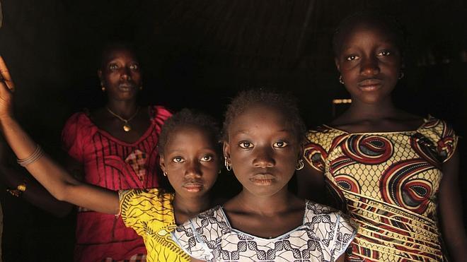 Seis niñas sufren una mutilación genital cada minuto