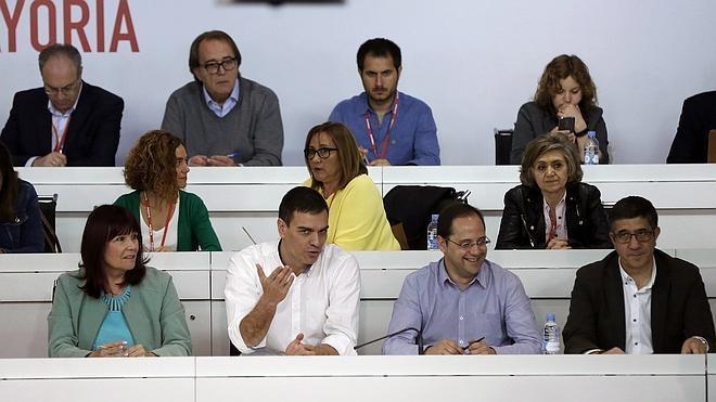 Sánchez pide al PSOE «unidad» al menos hasta el 26 de junio