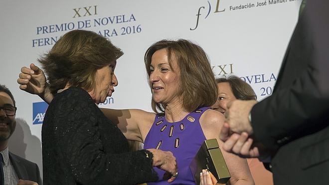 Paloma Sánchez-Garnica gana el Fernando Lara con una novela sobre el perdón