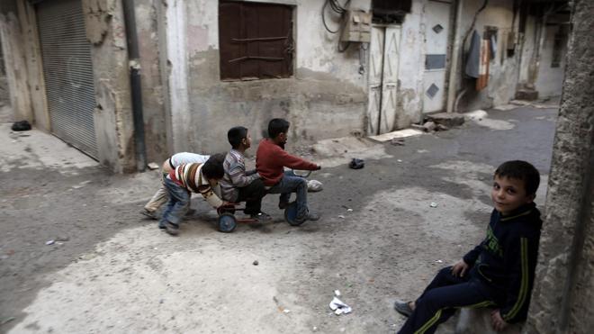 25 niños murieron en los bombardeos de la ciudad siria de Al Quria
