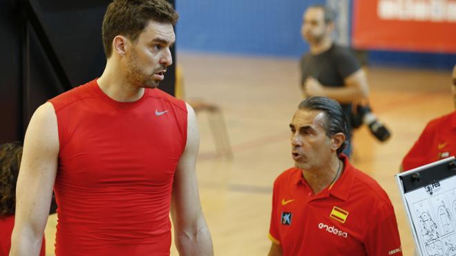 Scariolo: «Que juegue Pau Gasol depende de la NBA»