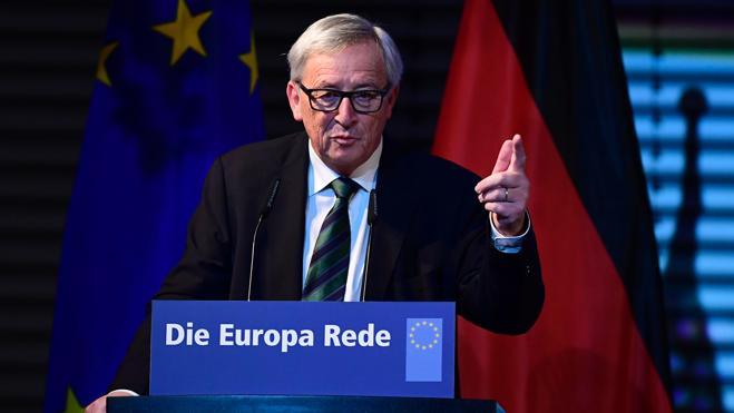 Juncker advierte del «riesgo» que supone Trump para las relaciones entre la UE y EEUU