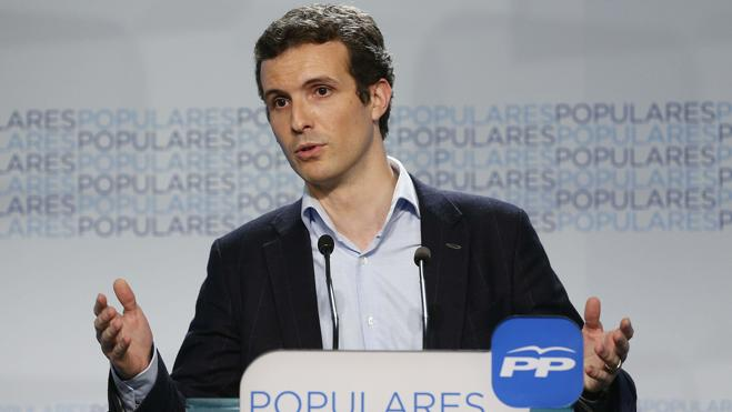 Casado dice que el PP «no vende» primarias y luego «cambia la cerradura» al vencedor