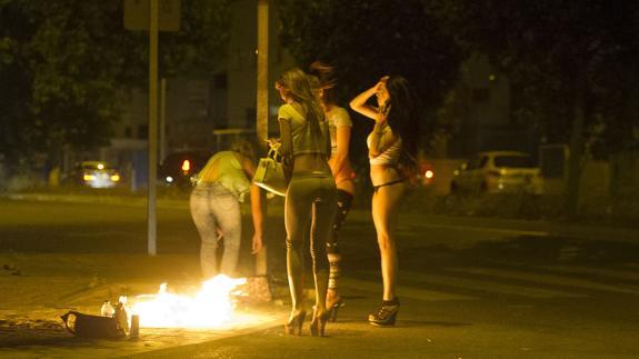 prostitutas dibujo prostitutas aguila roja