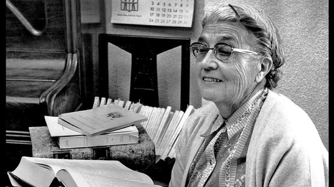 Académicos, escritores y personalidades de la cultura rinden homenaje a María Moliner