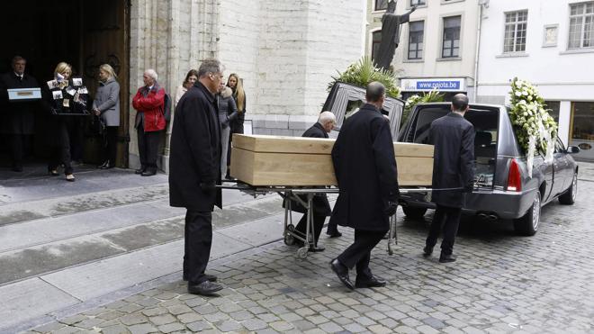 La muerte de una herida eleva a cinco los fallecidos por el atentado en Estocolmo