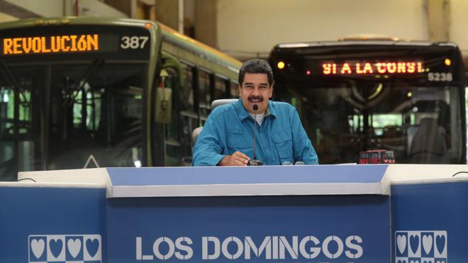 Maduro convoca una movilización «por la paz» a nivel nacional