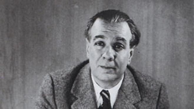 Borges, doblemente esencial