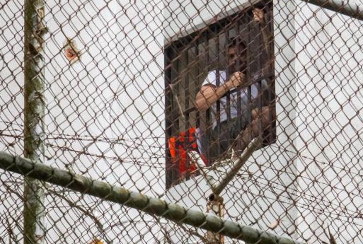 Leopoldo López: «¡Me están torturando! ¡Denuncien!»