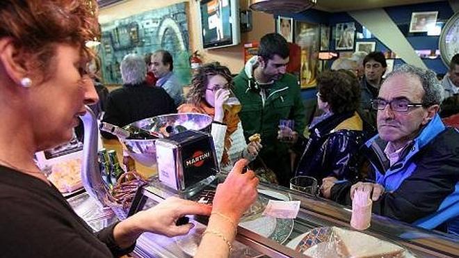 Hosteleros de Basauri pagarán a Hacienda para retomar los premios del pintxo-pote
