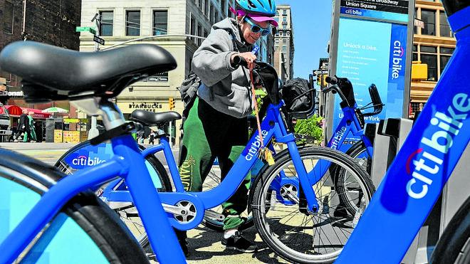 Las empresas del fallido sistema de bicis de alquiler denuncian al Ayuntamiento