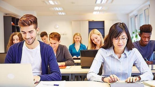 La universidad online donde los títulos son gratis