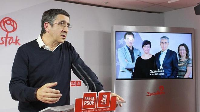 """Patxi López: """"Hay que darle la vuelta al PSOE"""""""