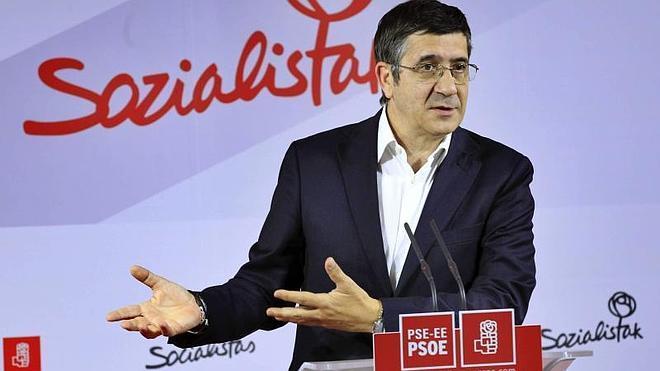 López, abierto a que al próximo secretario general del PSOE lo elijan los militantes del partido