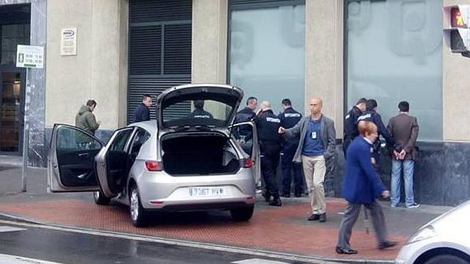 Dos bandas de ladrones georgianos de pisos caen en Barakaldo y Bilbao