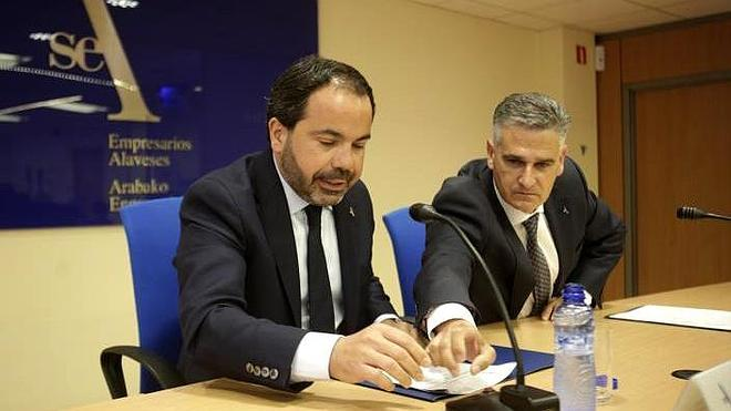 """La patronal alavesa acusa a ELA y LAB de """"retrasar"""" la salida de la crisis"""