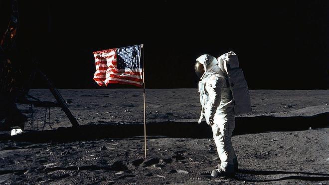 45 años en la Luna