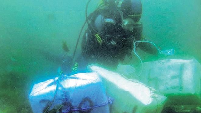 Intervenidos más de 1.500 kilos de hachís en el mar